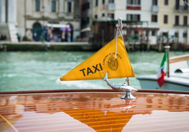 Taxi Venise - Lorriette Vitry - Taxi ambulance VSL Ardennes